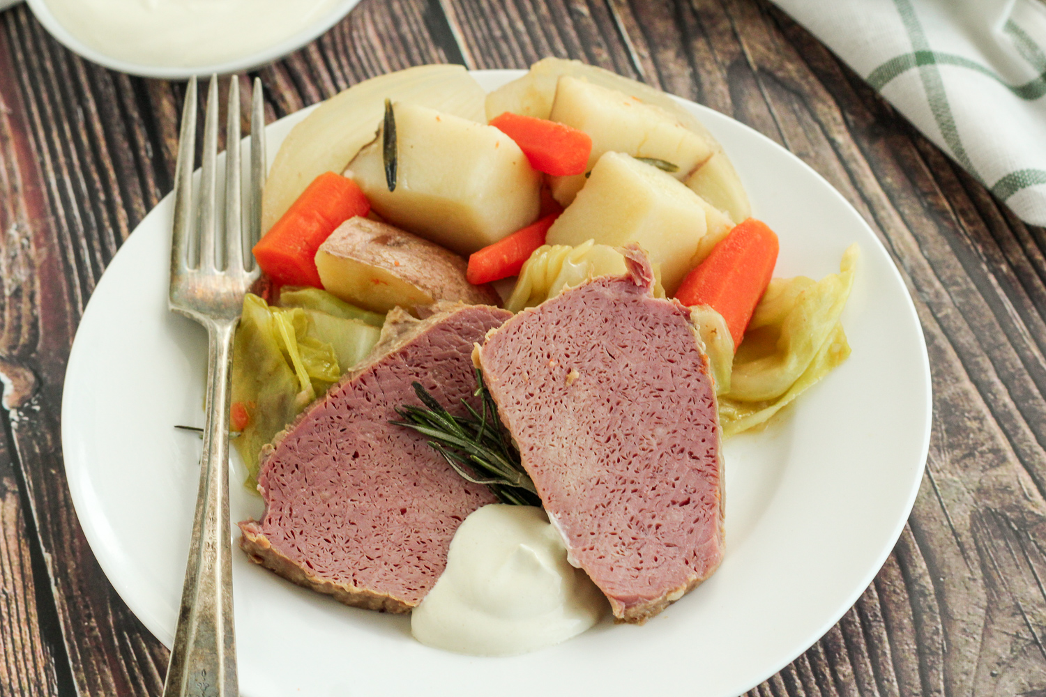 Dutch Oven Corned Beef and Cabbage - Dutch Oven Daddy